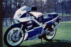 Suzuki RGV250<br>1989 - 1989